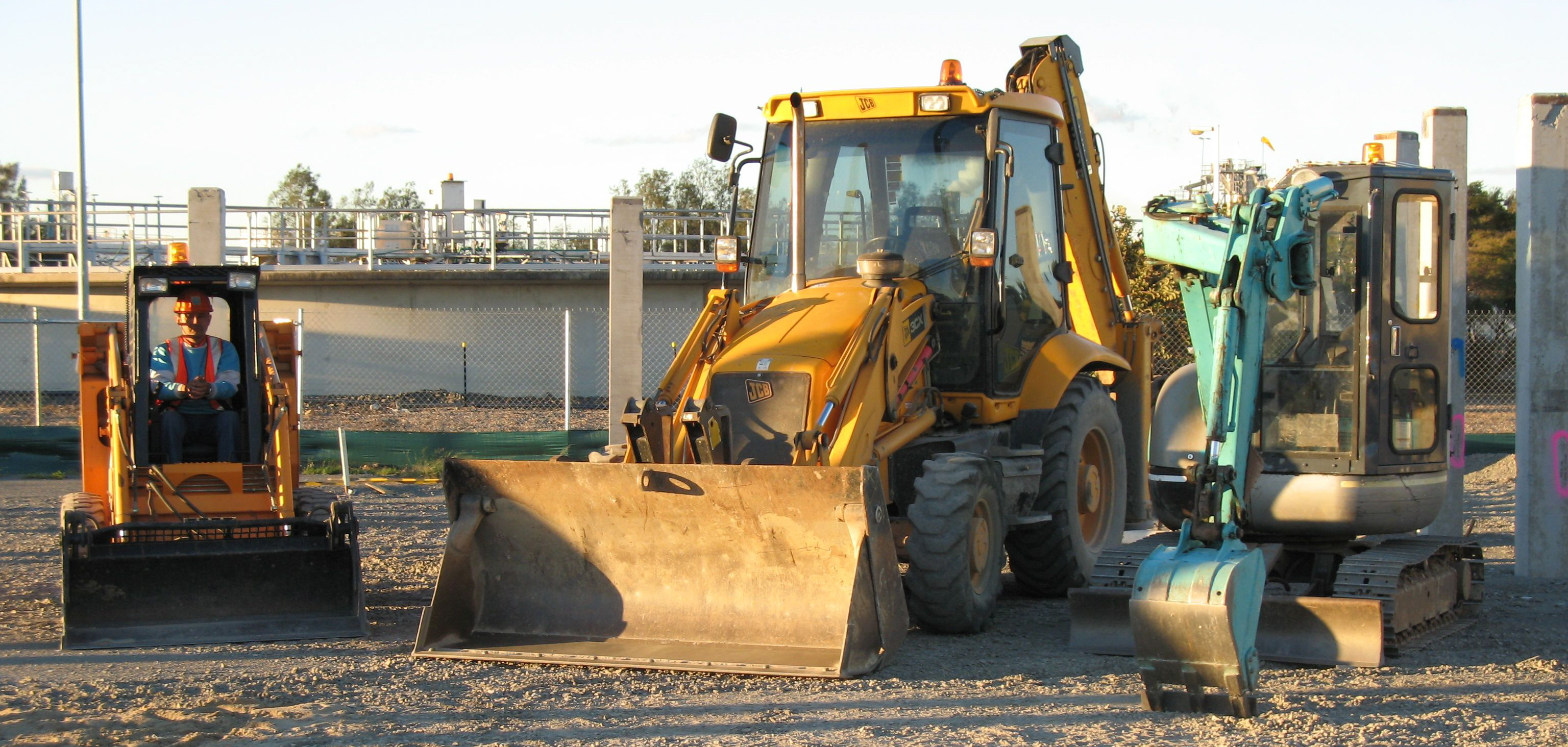 Redlands earthmoving and excavation services