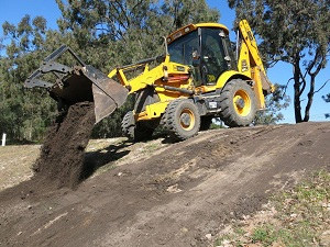 All Hours Earthmoving Redlands, Brisbane - topsoil