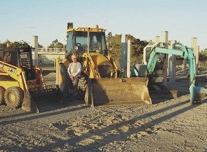 All Hours Earthmoving Redlands, Brisbane - Peter and machinery